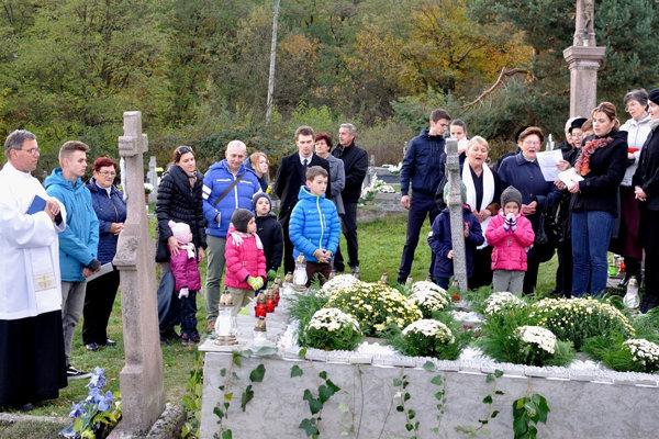 Ďalšie miesto, ktoré slúži ako cintorín pre nenarodené deti, majú v obci Prestavlky.