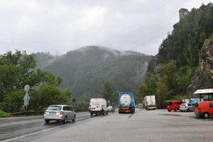 Od soboty 12. h sa cesta popod hrad Strečno opäť otvorí.