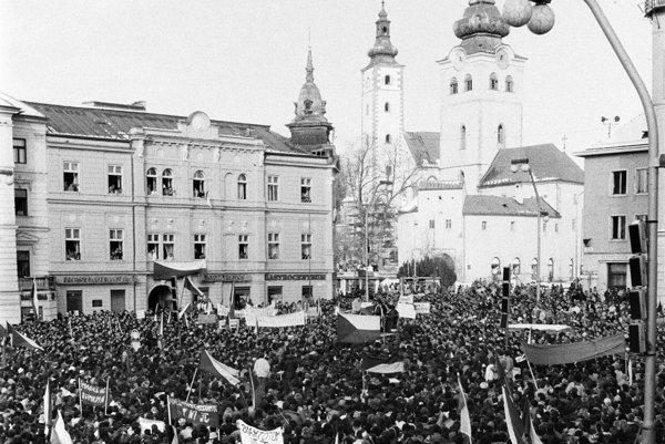 Banská Bystrica 27. novembra 1989