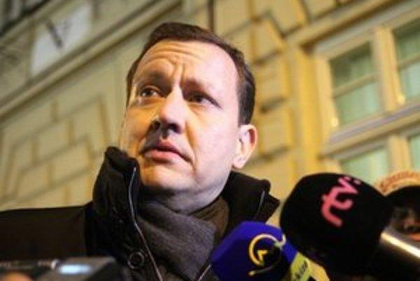 Hlavnou myšlienkou návrhu je podľa Lipšica ochrana ľudí, ktorí oznámia korupciu.