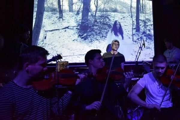 Fallgrapp vydá začiatkom budúceho roka nový album. Na Vianočných koncertoch z neho ponúkne ochutnávku.