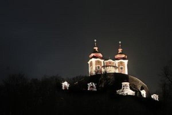Vďaka podpore pokračovala v roku 2012 záchrana barokovej kalvárie v Banskej Štiavnici.