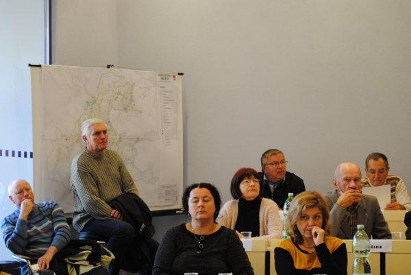 O územnom pláne prišli diskutovať aj obyvatelia.