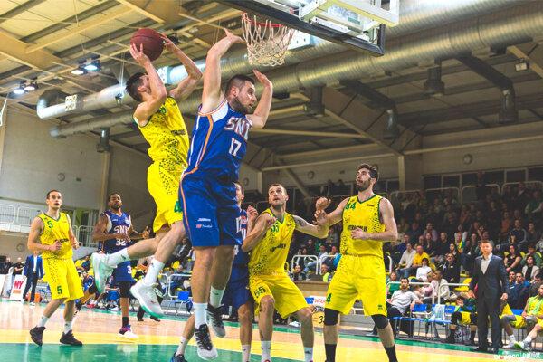 Patrioti doma nedali žiadnu šancu na odpor basketbalistom  zo Spišskej. Hosťom na cestu nabalili prehru o28 bodov.