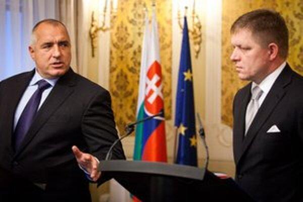 Predseda vlády Robert Fico s bulharským kolegom Bojkom Borisovom.