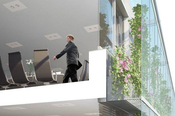 Vo vnútri zelenej fasády sa nachádzajú na každom poschodí lávky s kvetináčmi, v ktorých sú zasadené popínavé rastliny. Na jar budú stálozelené rastliny dopľňať ďalšími.