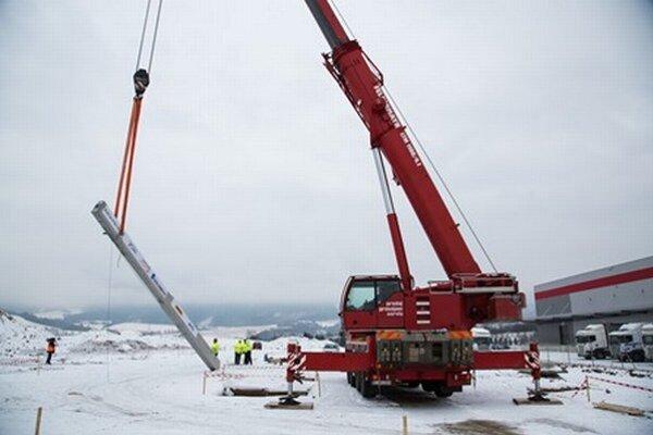 Výstavba sa začala v decembri 2014.