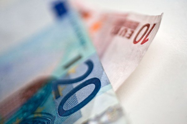 Na podanie daňového priznania a zaplatenie dane je čas do konca mesiaca. Možno požiadať aj o odklad.