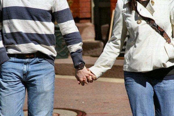 Hypotéku pre mladých si môžu zobrať ľudia vo veku od 18 do 35 rokov.