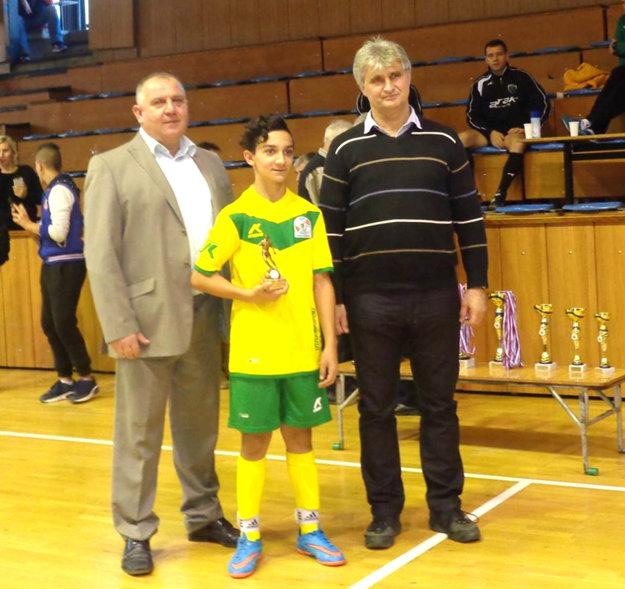 Najlepším hráčom turnaja sa stal Nikolas Šarkózy (Tekovské Lužany).