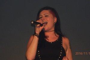 Simona Gážiková zaspievala počas módnej prehliadky v Art pointe.