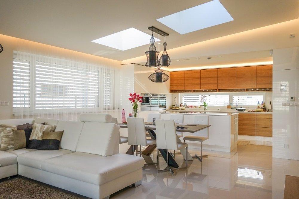 Interiér rodinného domu Motýľ, ktorého autorom sú architekti z ateliéru yesss.