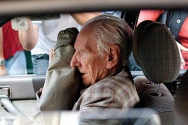 Za zločiny spáchané po odtransportovaní Židov z Košíc a okolia nebol vôbec súdený, hovorí o Csatárym syn odvlečeného do tábora v  Nemecku.