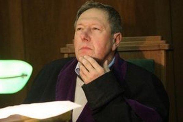 Sudca Studnička.