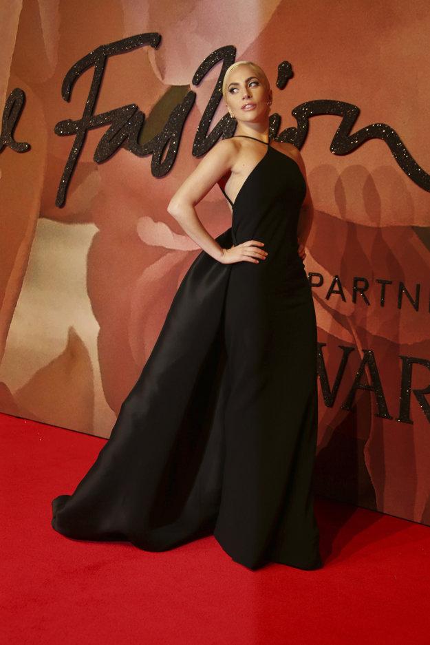 Elegantná Lady Gaga