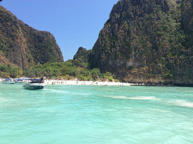 Ostrov Phi Phi v Thajsku ponúka tiež výborné podmienky pre vodné športy.