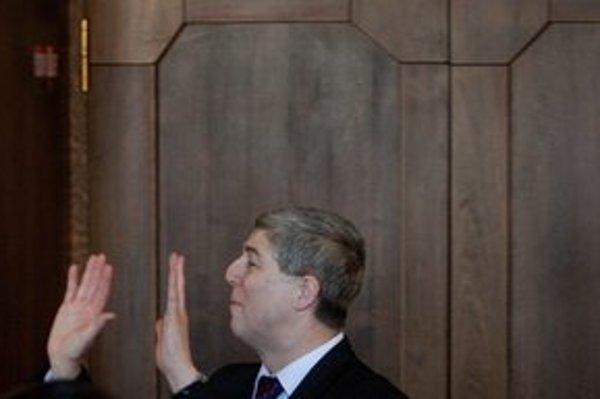 Predseda Mosta-Híd Béla Bugár má k zákonu o občianstve najväčšie výhrady.