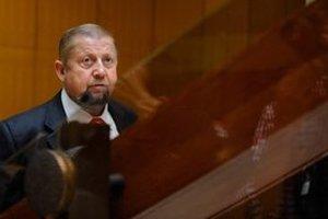 Predseda Najvyššieho súdu Štefan Harabin môže byť spokojný.
