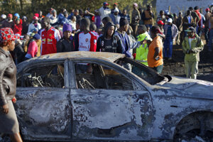 V Keni prišlo o život pri zrážke s cisternou najmenej 30 ľudí