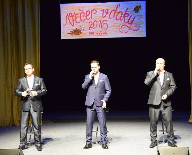 V programe  vystúpilo trio  La Gioia.