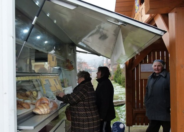 Pojazdná predajňa v Pečeniciach.