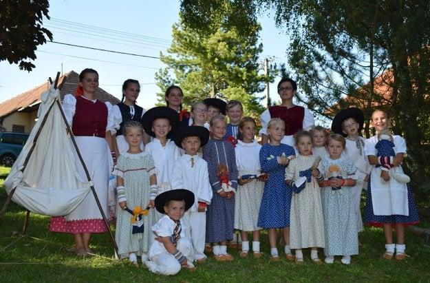 Detská folklórna skupina Smrečianik