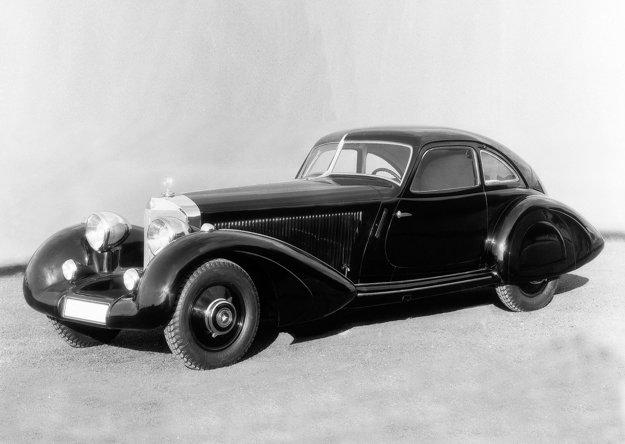 V Sindelfingene vznikla karoséria Autobahn Kurier v štýle francúzskych vozidiel GT. Koeficient odporu nebol práve najideálnejší, avšak zakryté zadné blatníky a splývajúca zadná časť mali prispieť k lepšej aerodynamike vozidla. Tieto karosérie boli vyrobené prevažne na priamu zákazku klienta.