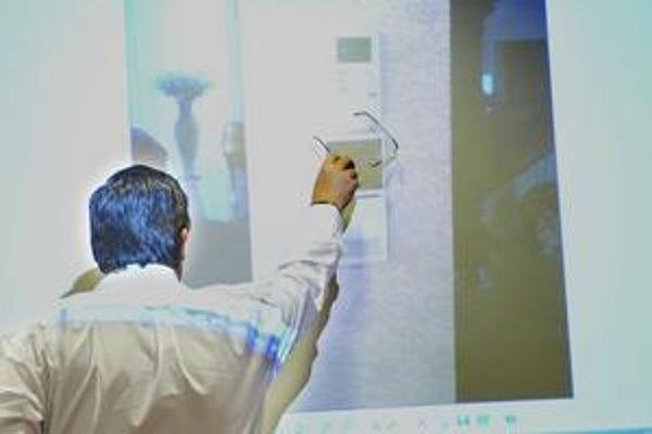 Marián Kočner ukázal aj termostat, do ktorého mu mali namontovať kameru.