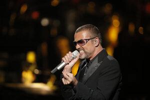 Spevák v Paríži v roku 2012.