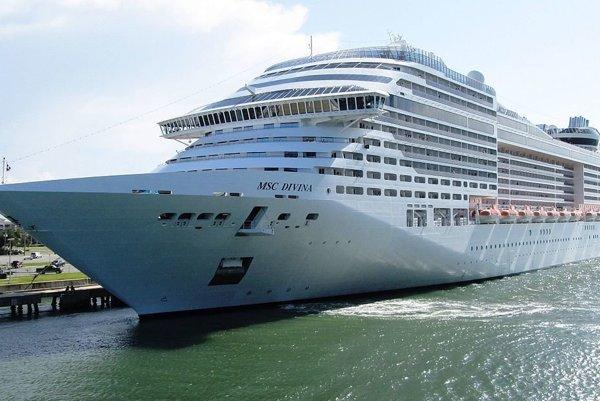 MSC Divina je špičková výletná loď.