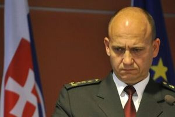 Policajnému prezidentovi hrozí pokuta alebo disciplinárka.
