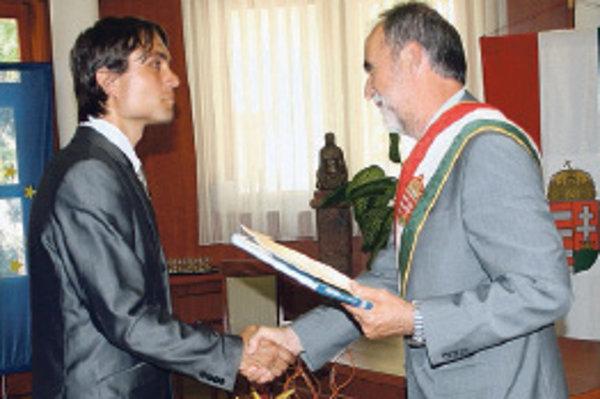 László Gubík prijíma maďarské občianstvo.