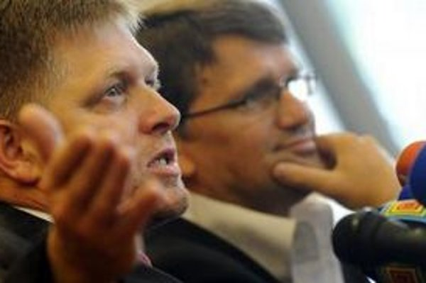 Smer považuje za nebezpečné vyjadrenia šéfa maďarského parlamentu o použití vojenskej sily voči Slovensku.