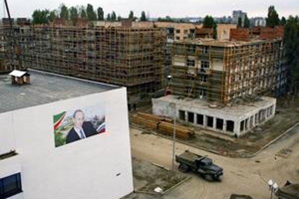 Zničený čečenský Groznyj nenávidí aj miluje Rusov.