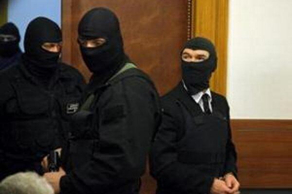 Roháč počas pojednávania na súde v Bratislave.