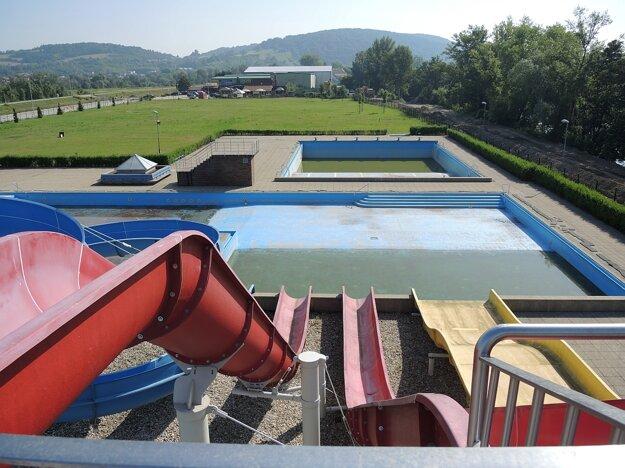 Trenčín zostal opäť bez letnej plavárne.