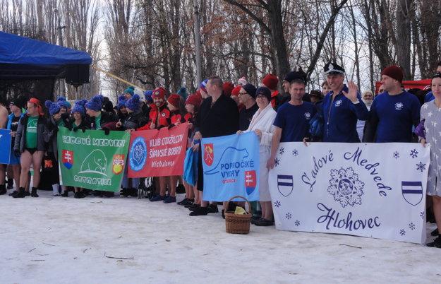 Do Nitry si prišli zaplávať otužilci z30 klubov amiest Slovenska.