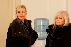 Silvia prišla na súd v sprievode svojej matky.