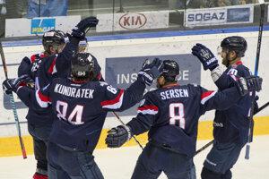 Hokejisti Slovana majú aktuálne výbornú formu.