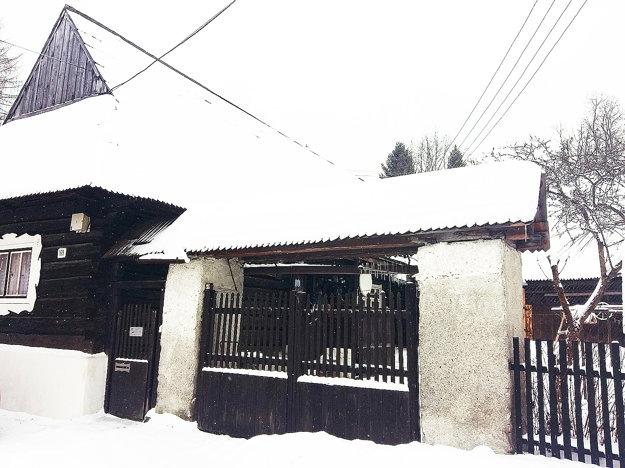 Filmová drevenička Pašerbovcov v Oravskom Bielom Potoku.