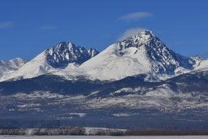 Najvyšší vrchol Vysokých Tatier horolezca potrápil.