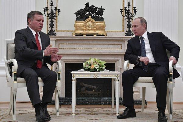 Jordánsky kráľ Abdalláh II. (vľavo) a ruský prezident Vladimir Putin.