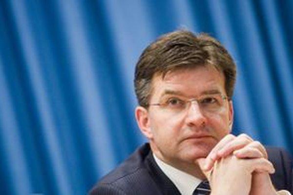 Lajčák označil za detinské a neeurópske zaťahovať do debaty o jazykovom zákone amerických kongresmanov.