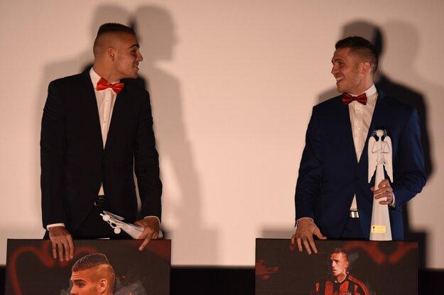 Dvaja najlepší trnavskí futbalisti za rok 2016 - Adam Jakubech (vľavo) a Lukáš Greššák.