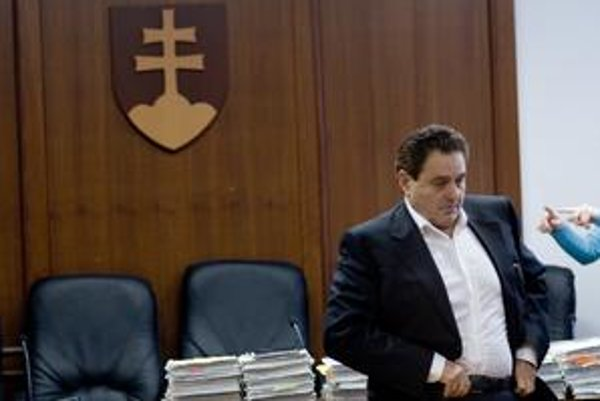 Majský stále čaká, či pôjde za nebankovky do väzenia. Pôvodne ho tam súd poslal na 12 rokov.