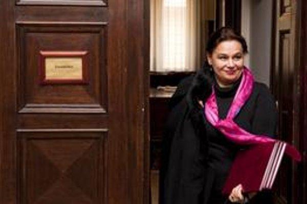 Riaditeľka Slovenského rozhlasu Miloslava Zemková sa drží počas celého vládnutia súčasnej koalície.