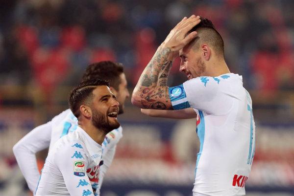 Marek Hamšík sa raduje po svojom góle do siete Bologne.