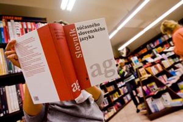 V prvom polroku budúceho roku vydajú druhý diel slovníka.
