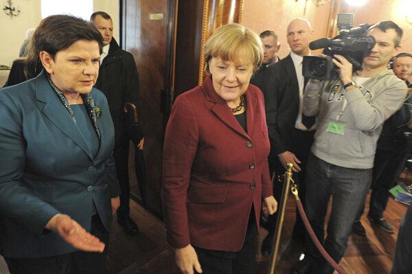 Poľská premiérka Beata Szydlová a nemecká kancelárka Angela Merkelová.