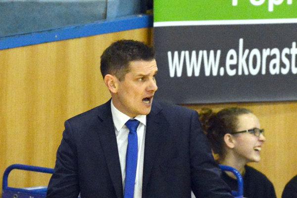 Tréner Good Angels Peter Jankovič.